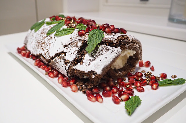 <u>only 5 ingredients<br/>CHOCOLATE LOG RECIPE</u>