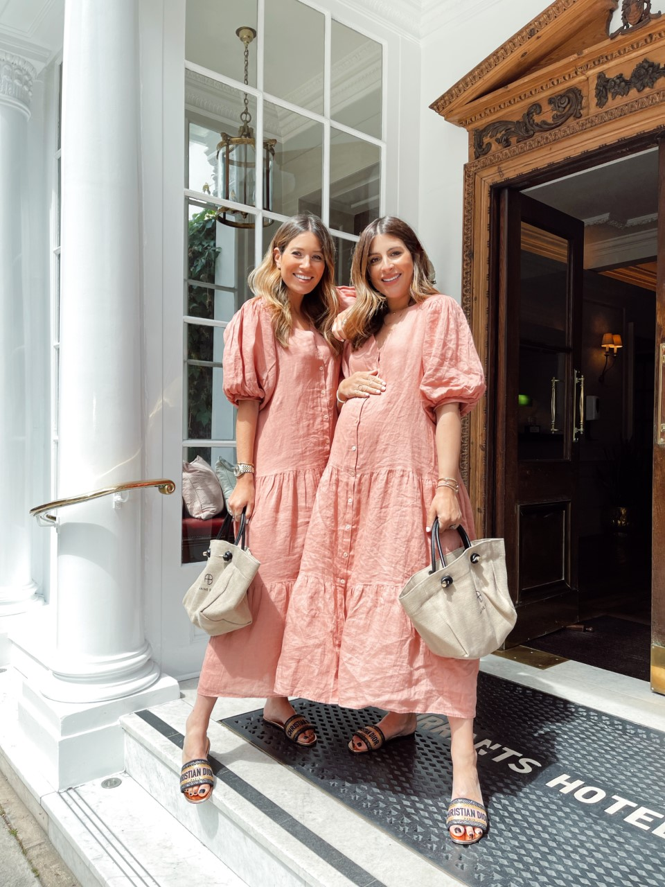 HOW TO WEAR BLUSH PINK